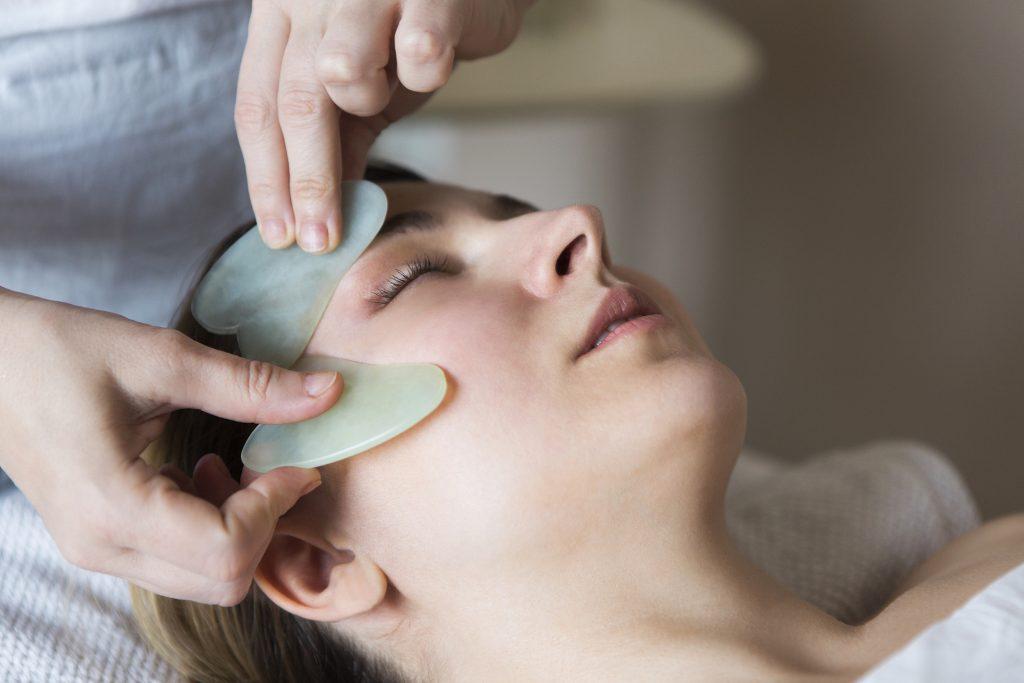 cosmetische acupunctuur guasha